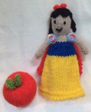 KNITTING PATTERN - Snow White and Apple Christmas tree decoration / 12 cms toy