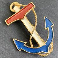 VINTAGE ANCHOR BROOCH ENAMEL GOLD TONE METAL NAUTICAL OCEAN BEACHY PATRIOTIC PIN