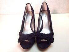 FIONI Platform Pump High Heel 9 W NEW Open Toe Black Faux Suede Velvet Ruffle