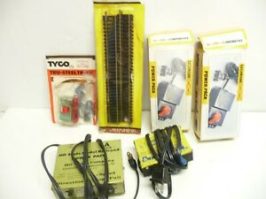 (2) Bachmann #44207 (2) AHM HO Power Pack For Trains (1) Uncoupling Control New
