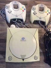 Console Sega Dreamcast + 2 Manettes + 2 Mémoires