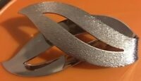 Vintage Signed Sarah Coventry  Abstract Leaf  Brushed Silver Tone Brooch Pin 3D