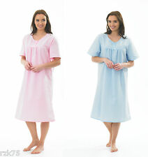 Ladies Spots Seersucker Nightdress, Night Dress Nightwear, Size 10-26, RZK396