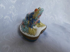 LIMOGES PEINT MAIN CHAMART FLORAL FROG LILY PAD HINGED TRINKET BOX VINTAGE RARE
