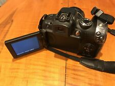 Canon PowerShot SX10 IS 10.0MP Digital Camera Black PARTS ONLY NO CORD Turns On