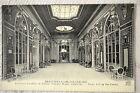 "CPA "" DEAUVILLE LA PLAGE FLEURIE - Le Grand Vestibule du Casino"