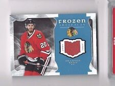 2015-16 UD Frozen Artifacts jersey hockey card Brandon Saad, Chicago Blackhawks