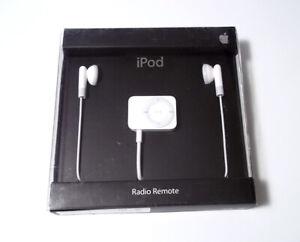 NEW SEALED Genuine Apple iPod FM Tuner Radio Remote Control Headphones MA070G/A