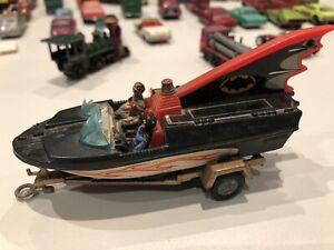 Corgi Toys 107 Batboat on Trailer