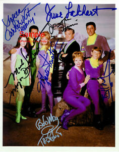 LOST IN SPACE Guy Williams June Lockhart Cast Signed Autographed Reprint Photo