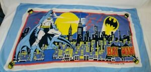1988 Vintage Batman Bath Beach Towel  Gotham City DC Comics