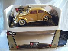 Volkswagen Kafer-Beetle 1955 (oro) 1/18  BBurago Gold collection