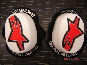 Alpinestars Factory Knee Sliders White Wet