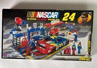 Mega Bloks Nascar The Official Jeff Gordon Building Set 9915 Sealed