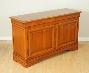 LOVELY CHERRYWOOD SIDEBOARD CABINET WITH TWO DOORS AND SHELF