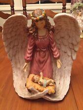 Beautiful Ceramic 9x8� Angel Figure With Baby Jesus