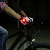 Half Finger LED Turning Signal Glove Cycling Bike Bicycle Gloves With LED Light