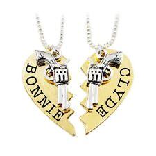 2Pcs/Set Couple Necklace Set Bonnie Clyde Revolver heart Stitching Necklace Gift