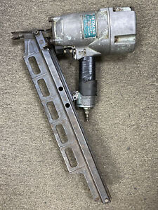 "Hitachi (NR83A2) - 3-1/4"" Air Strip Nailer Nail Gun.....FREE S&H!!!"