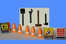 LEGO 6  traffic cones 3 road signs tools broom shovel NEW