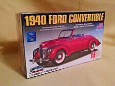 FORD 1940 LINDBERG CAR MODEL KIT CONVERTIBLE NO 72140 NEW 2006 1:32 SCALE LOOK!