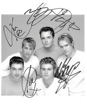 Westlife Signed 10x8 Photo - FRAMED - Signed by 5 - RARE - Shane - Mark - Kian