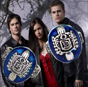 Vampire Diaries Damon and Stefan Lapis Lazuli Rings with Salvatore Family Crest