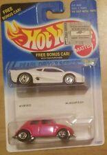 Hot Wheels Pearl Driver Series pink VW Bug and Jaguar XJ220 New sealed nip