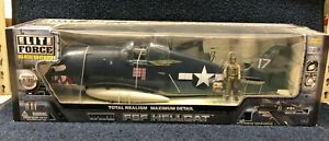 BBI Elite Force WWII F6F Hellcat - Shark Mouth 1/18 scale No 000806-00