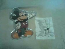 Wilton Vintage Disney Mickey Mouse Unlimited Waving Cake Pan