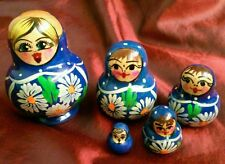 Nesting Russian Stacking Doll 5 Piece Blue Dress White Daises