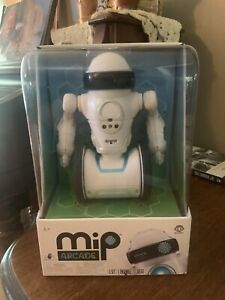 MiP Arcade - Interactive Robot Buddy - By WowWee