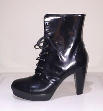 FENDI designer brand new ankle boots shiny leather size 41EU