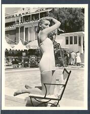 LAUREN BACALL IN SWIMSUIT - ON SET BTS - N MINT COND 1957 CHEESECAKE CHSK RARE