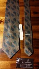 Giorgio Armani Gray Paisley 100% Silk Tie Short 3.75 - 56 inches Men NEW