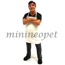 AMERICAN DIORAMA AD-38441 FOOD TRUCK FIGURE FOR 1/24 MODEL CAR CHEF VICTOR