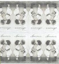 3 Mouchoirs papier Baiser Bébé Paper Hankies Kissing Babies Sagen Vintage