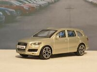 AUDI Q7 - CHAMPAGNE 1.43 PERSONALISED DIECAST MODEL CAR BOXED NEW BOYS TOYS GIFT