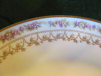 "HAVILAND LIMOGES FRANCE 7 1/2"" SALAD PLATE FLORAL/ GOLD TIRM"