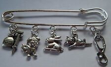 VET VETERINARY NURSE ASSISTANT STUDENT BAG CHARM TUNIC BROOCH KILT PIN GIFT BAG
