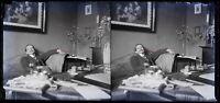 Francia Uomo Interno c1930 Foto Negativo Placca Da Lente Vintage Stereo VR16