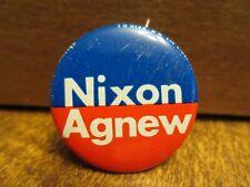 1972 NIXON-AGNEW PINBACK POLITICAL BADGE (Red & Blue Field)