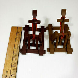 1983 Crossbows and Catapults Lot of 2 Catapults