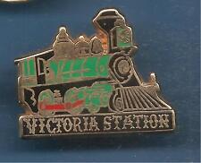 Pin's pin TRAIN LOCOMOTIVE VICTORIA STATION WAGON RESTAURANT BALLARD (ref 049)