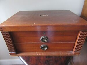 ANTIQUE OAK 2 DRAWER CUTLERY CANTEEN
