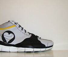 Vtg OG 2005 Nike Free Trainer Livestrong 10//2 QS Sz. 7 Run Promo Sample DB