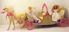 Mattel 2005  Princesses Barbie Expandable carriage Horse Dolls (m1)
