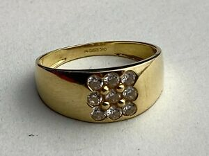 """14ct .585 Yellow Gold & Multiple CZ Stones Fully Hallmarked Size UK """"T"""""""