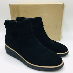 Clarks Collection Sharon Salon Suede Ankle Boot with Bow Size 10M Black