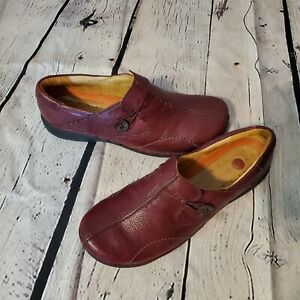 Clarks UnStructured Women's Dark Tan Leather Slip-On Shoes 8M